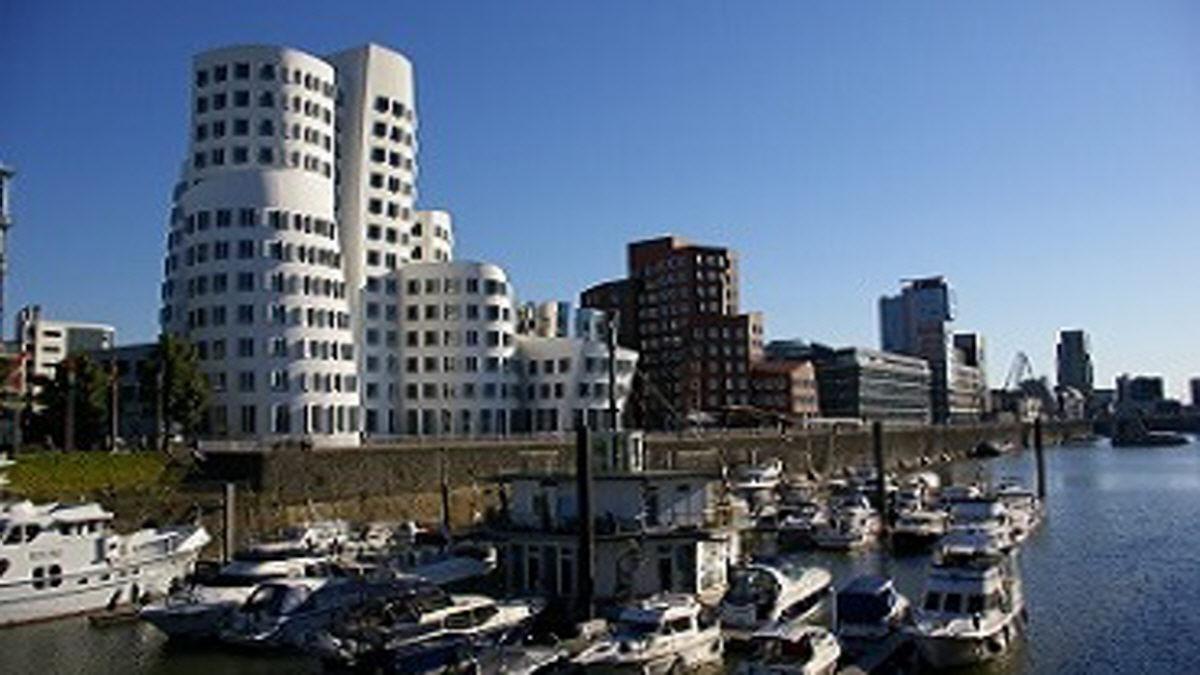 Medienhafen De Dusseldorf